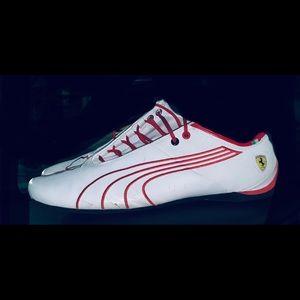 Mens puma athletic shoes